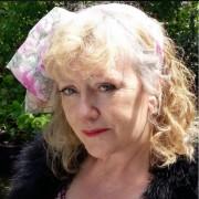 Angela E picture