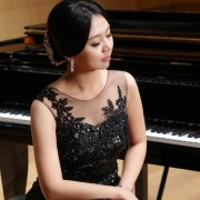 Expert Korean, Singing, Piano Teacher in London